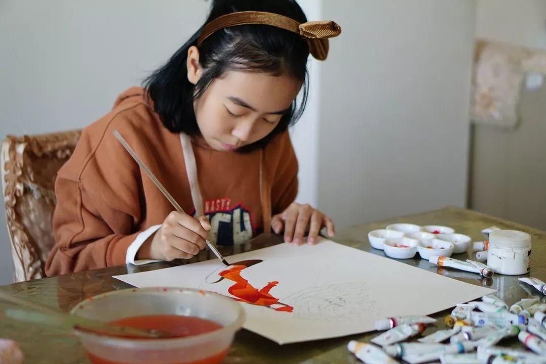 黄岩12岁女孩用24张画作向肿瘤宣战:我对生命无限热爱!