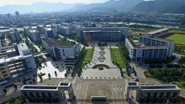 湖北市区新闻年级英语台州小学三图片